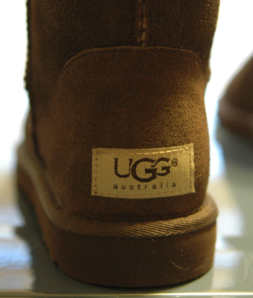 The back of the shoes, where the Ugg label is was also a dead giveaway. Again, all the websites that warn you about fake Uggs say that the real Uggs (left ...